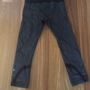 Lululemon Cropped Herringbone Leggings